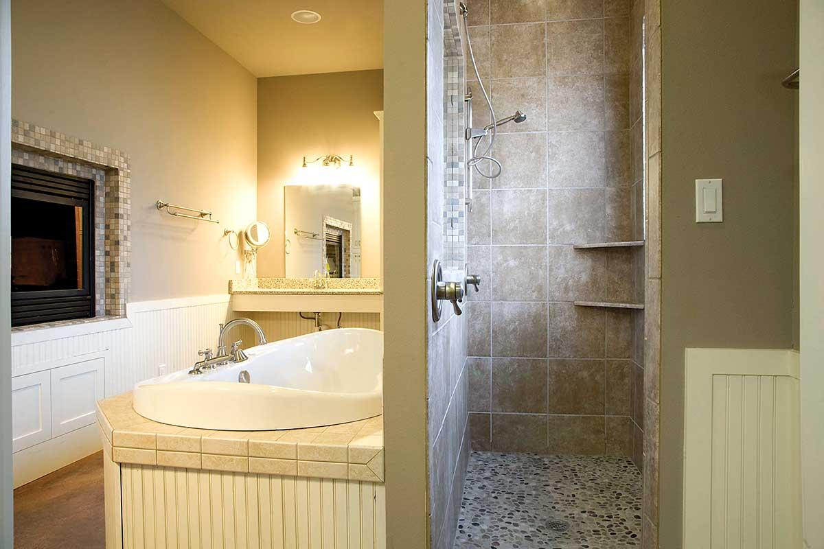 gallery-master-bath